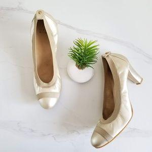 Stuart Weitzman Easily Pumps Gold Heels Shoes